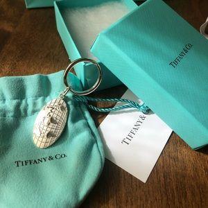Tiffany & Co. oval globe tag key ring sterling
